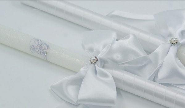 Бели сватбени свещи в два варианта с голяма панделка