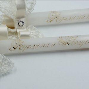 Красиви свещи за сватбен ритуал с имена, перо и нежна дантела