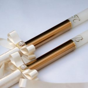 Свещи за сватба с инициали в злато
