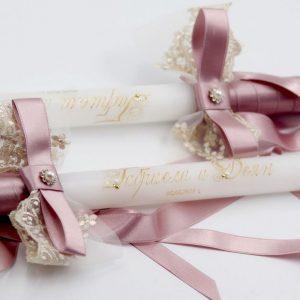 Сватбени свещи с декорация в цвят пепел от рози