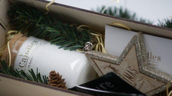 Ароматни свещи за подарък в дървена кутия - NCandles