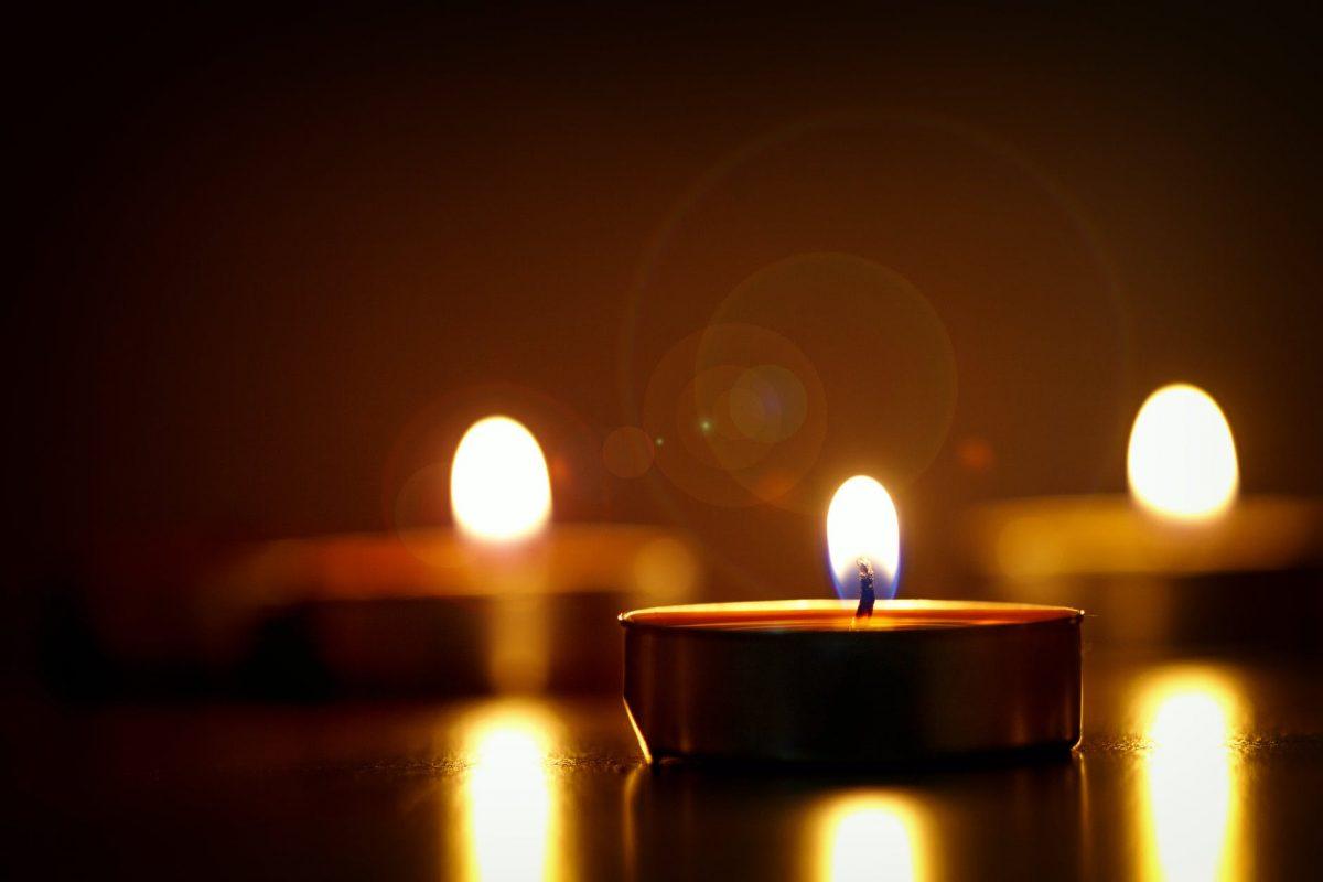 поръчка на свещи по индивидуален проект